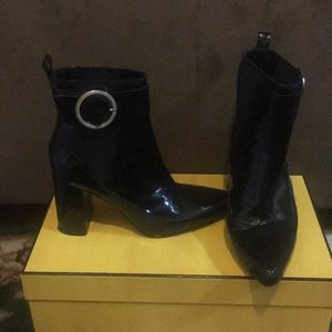 H&M LEATHER BOOTS W/Buckle